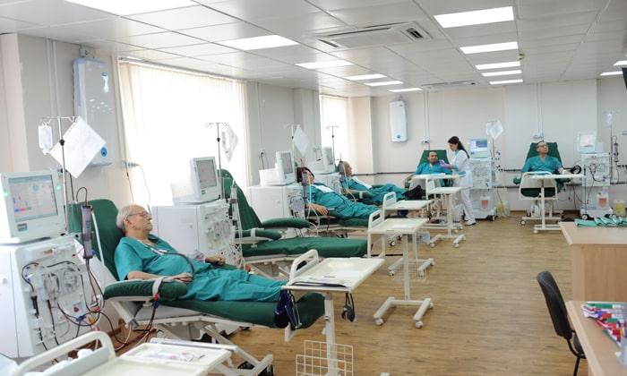 Состояние пациента продолжает ухудшаться используют крайние меры – диализ