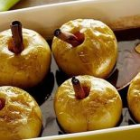 Рецепт печеных яблок с творогом для диабетиков